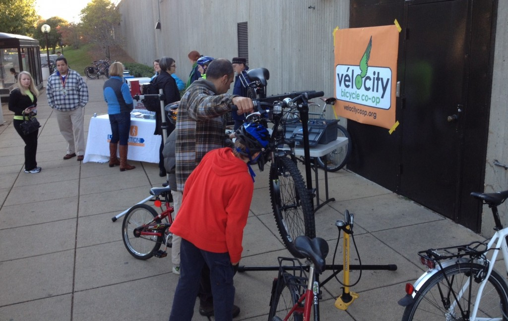 VéloCity's set-up at the Braddock Road station for Bike Lights 2013.